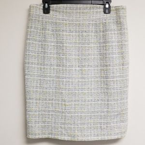 Chanel Gray Tweed Pencil Skirt Size 44